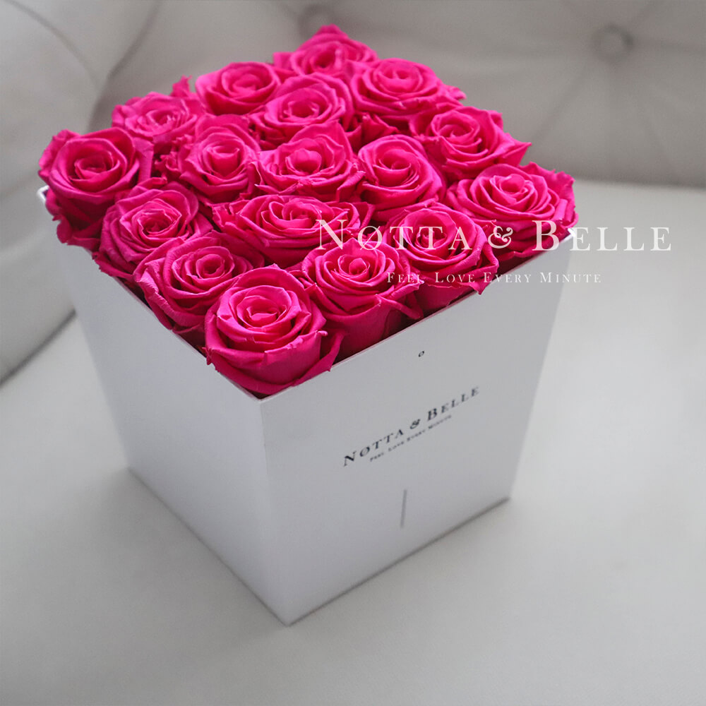 Fuchsia bouquet «Forever» - 17 roses
