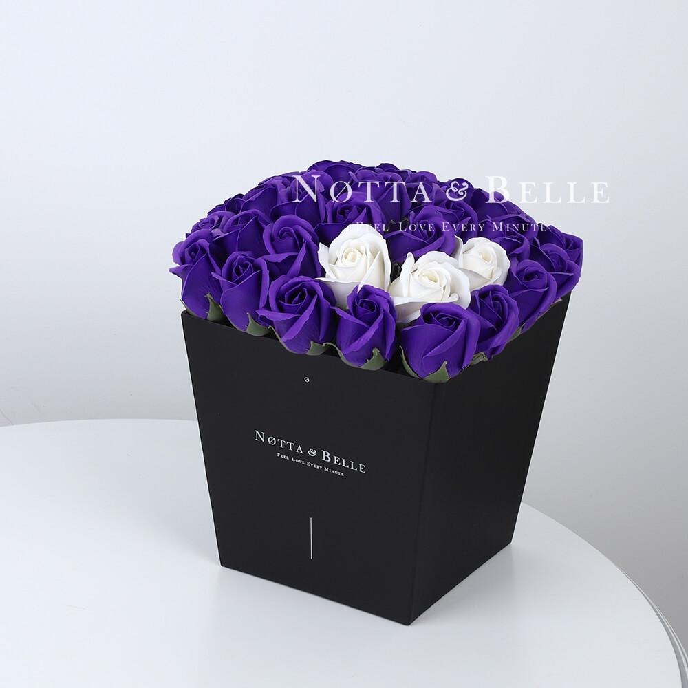 Мыльный букет фиолетового цвета №472 из 35 розы