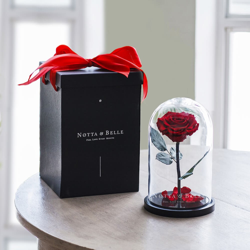 Gift box black for rose in a glass dome