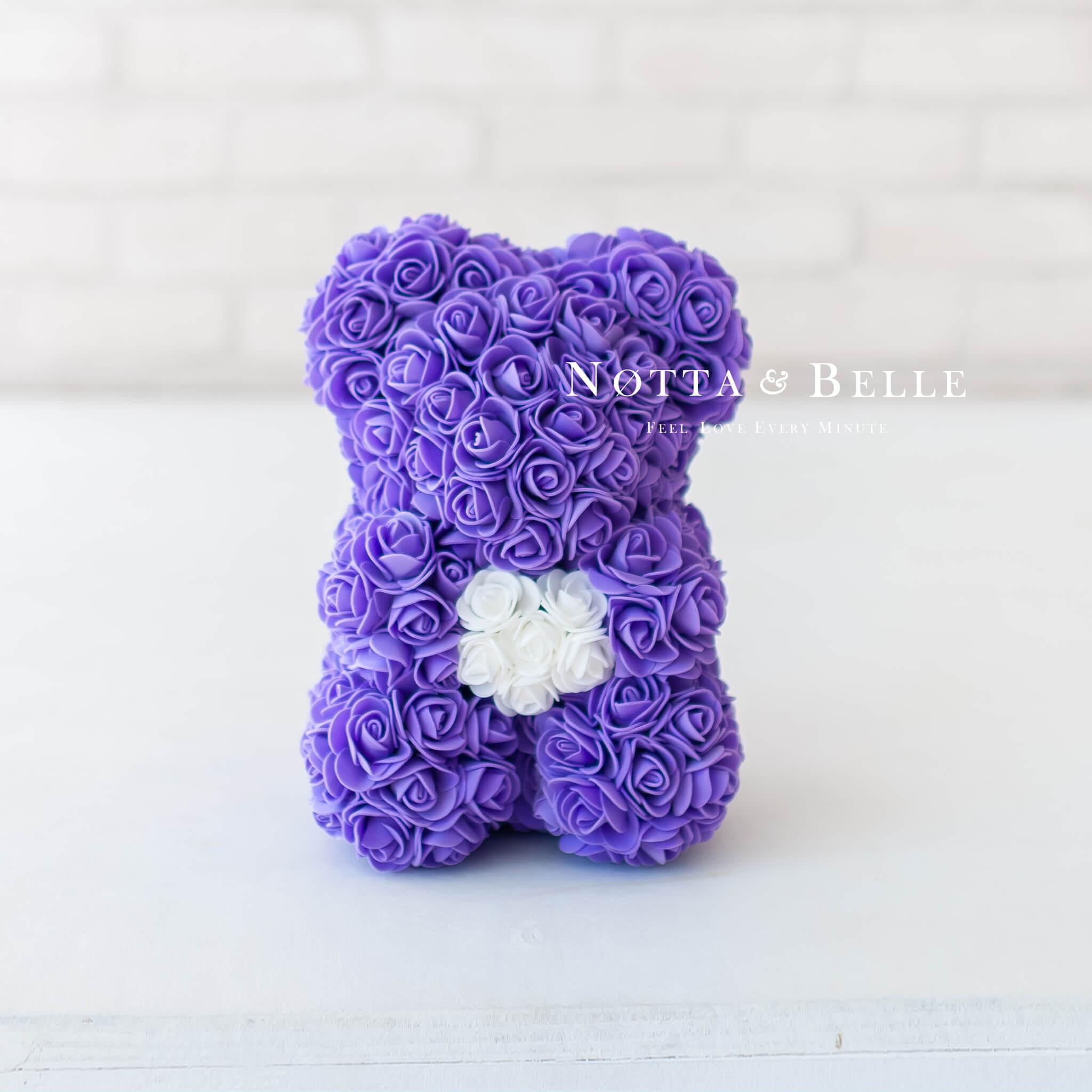 Фиолетовый мишка из роз с сердцем - 25 см