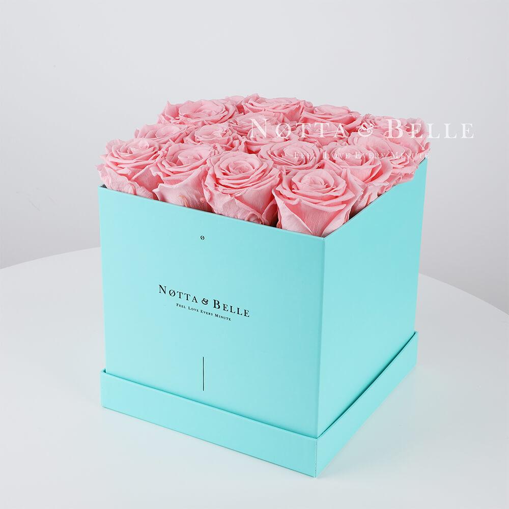 Долговечный букет из 17 розовых роз - №423