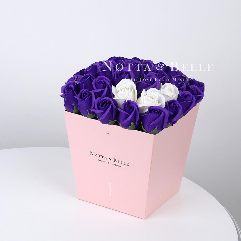 Мыльный букет фиолетового цвета №475 из 35 розы