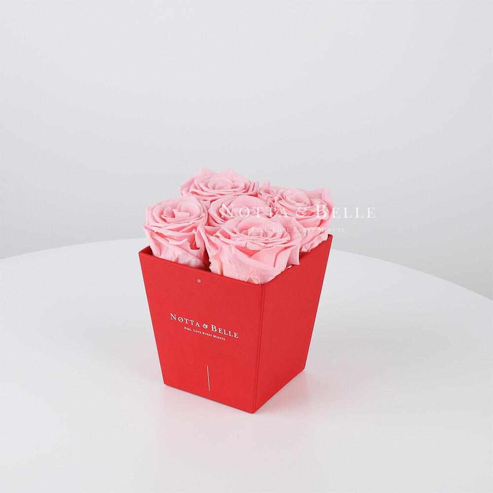Долговечный букет из 5 розовых роз - № 024
