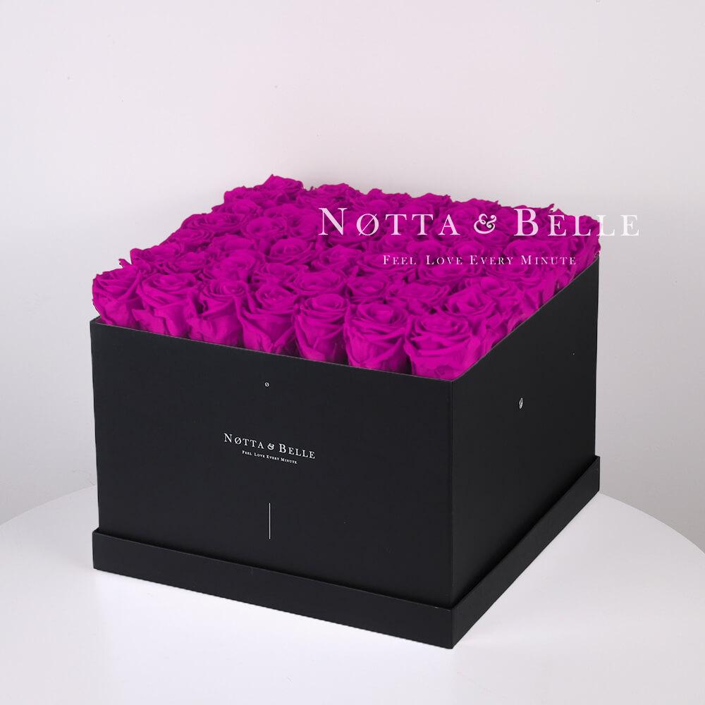Долговечный букет из 49 роз цвета Фуксии - №772