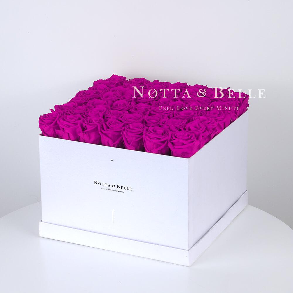 Долговечный букет из 49 роз цвета Фуксии - №771