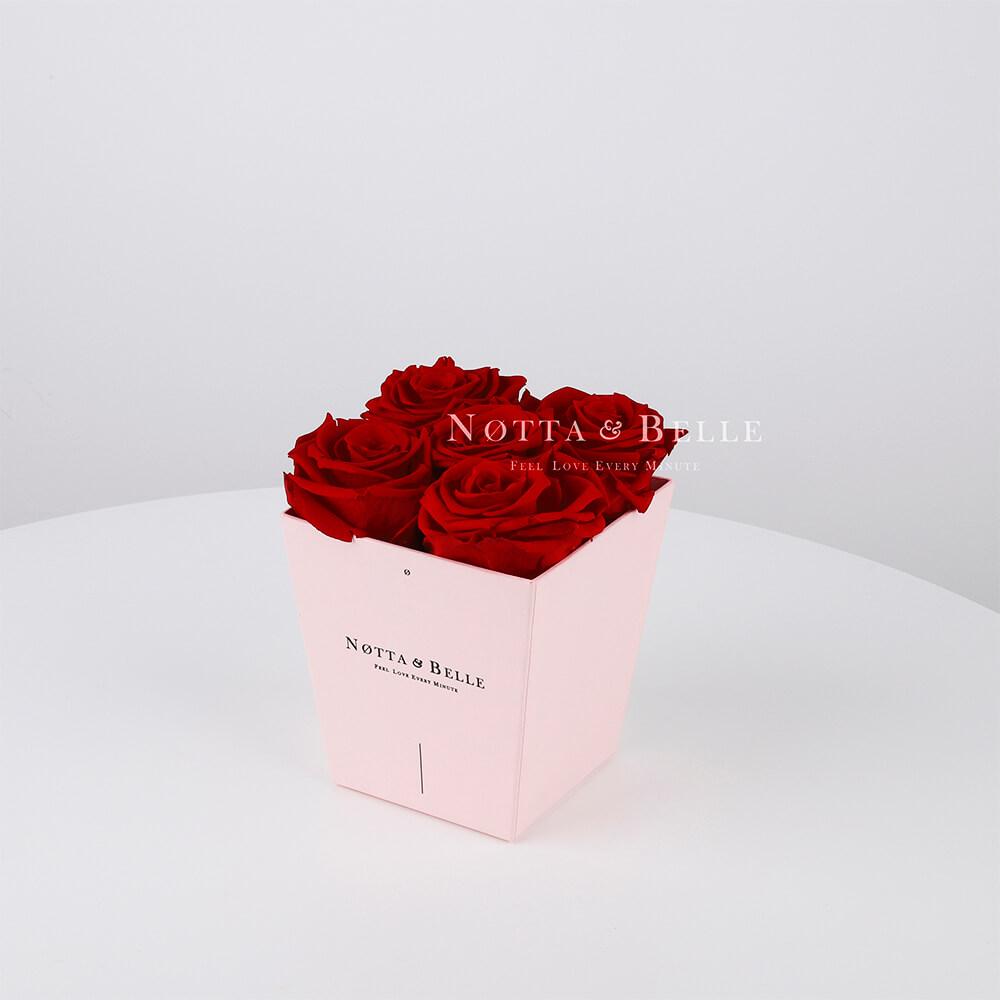 Долговечный букет из 5 бордовых роз - №065