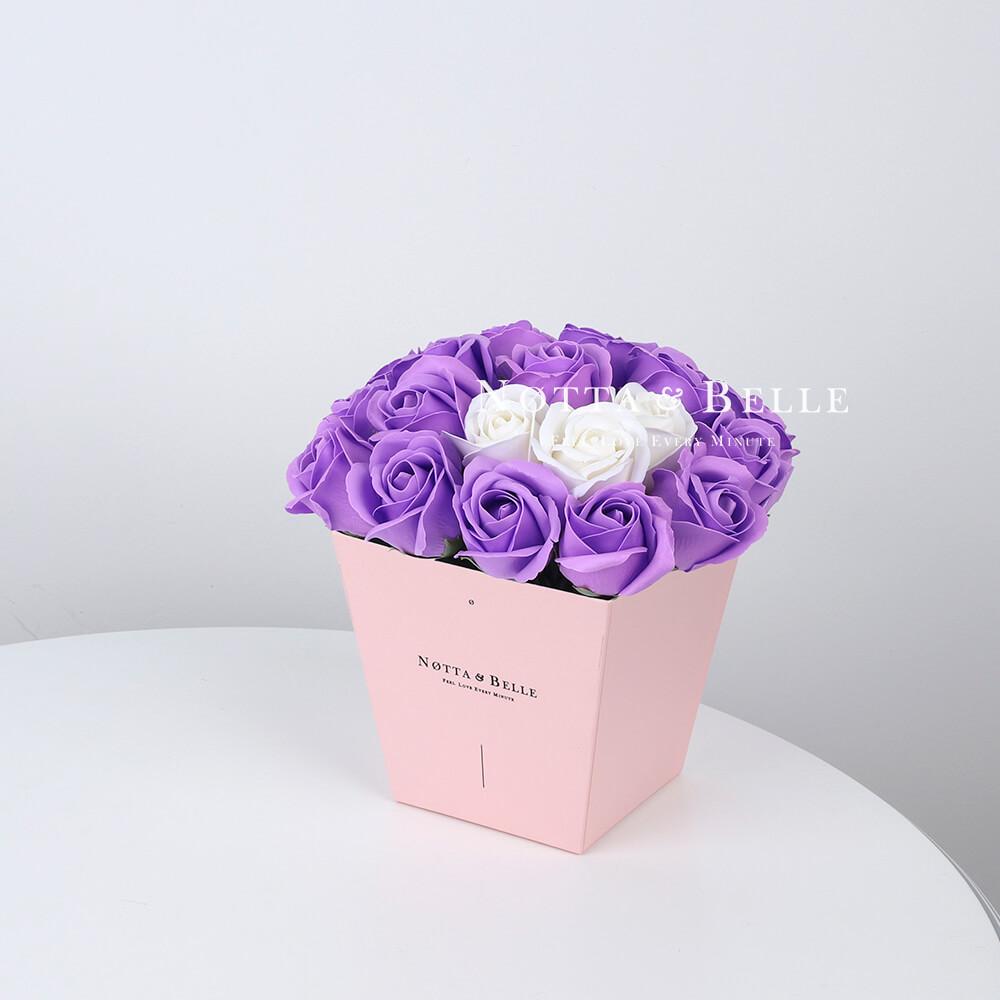 Мыльный букет лавандового цвета №275 из 21 розы