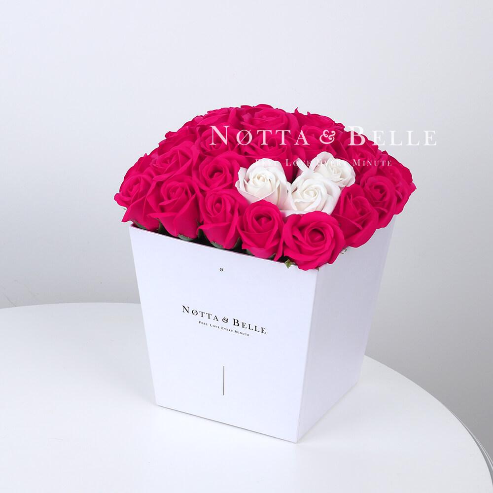 Мыльный букет цвета фуксии №461 из 35 розы