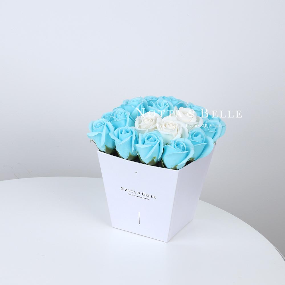 Mylynyy buket golubogo cveta №241 iz 21 rozy