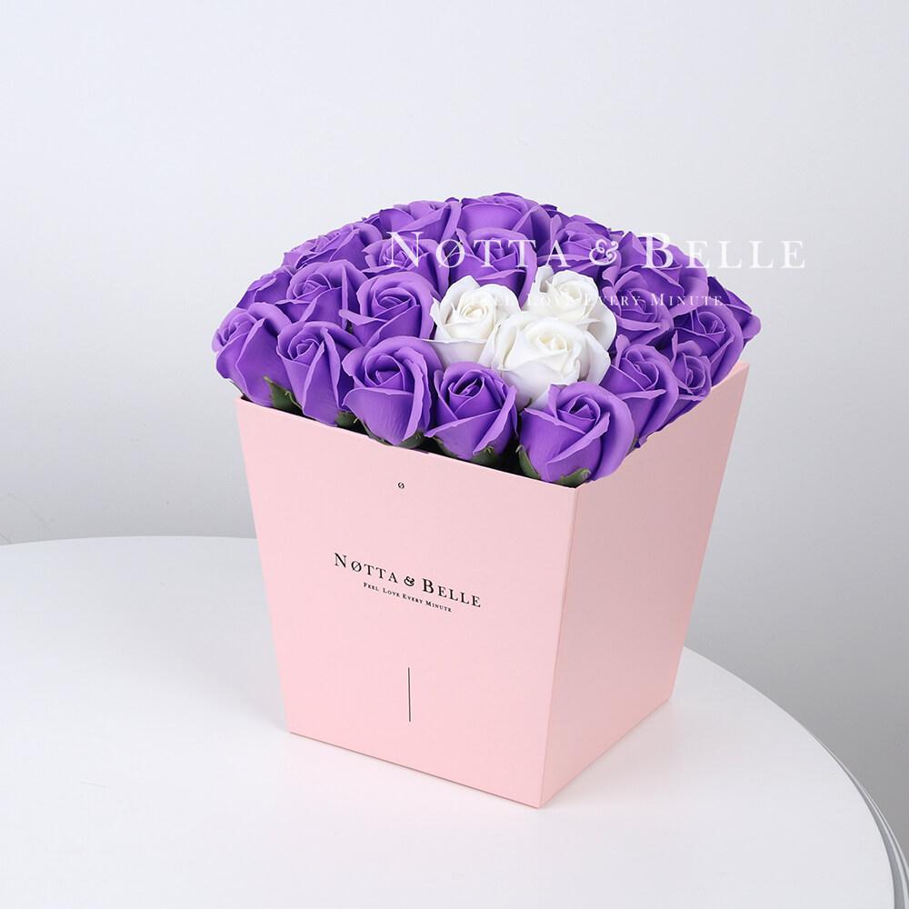 Мыльный букет лавандового цвета №455 из 35 розы