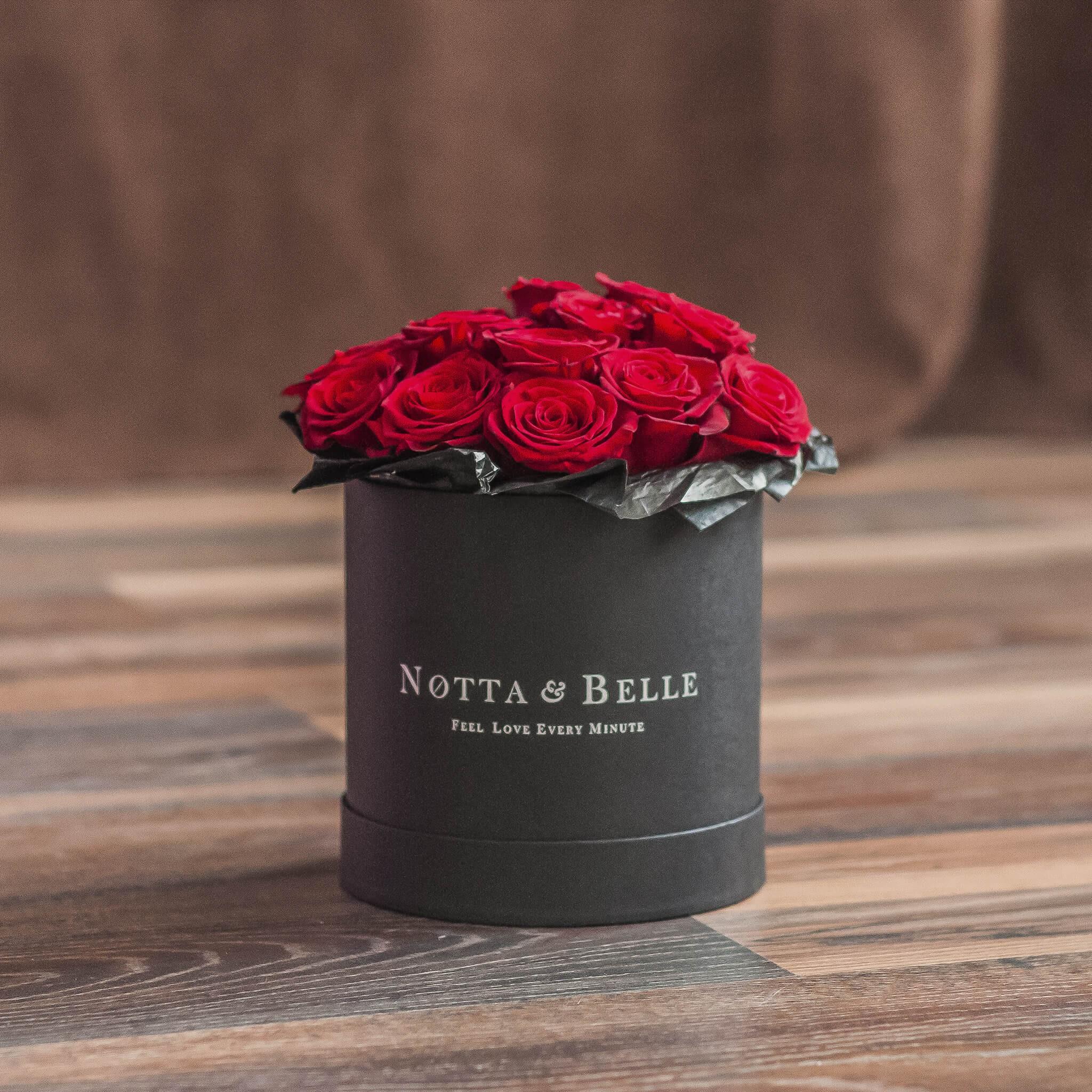 Premium Красная роза в шляпной коробке  - в черной коробке