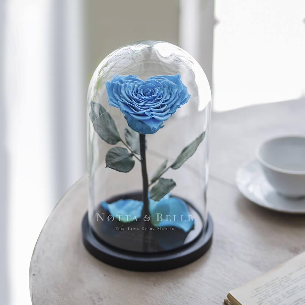 Голубая роза в колбе в форме сердца - Premium
