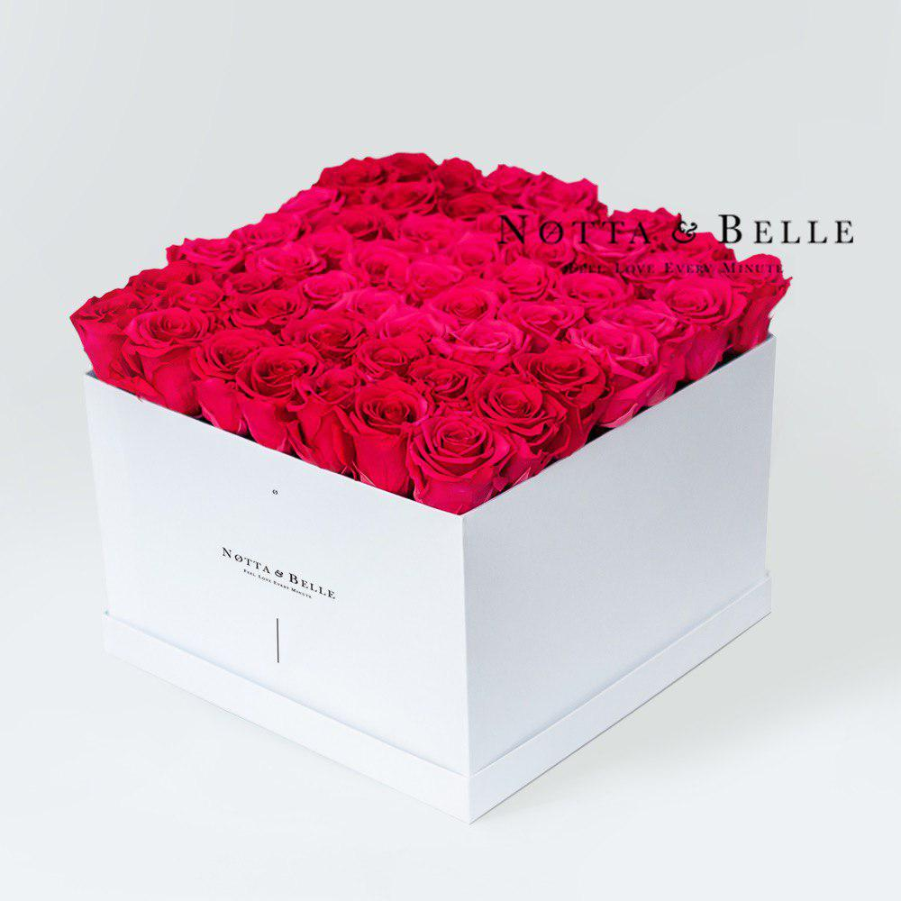 Долговечный букет из красных роз - 49 шт.