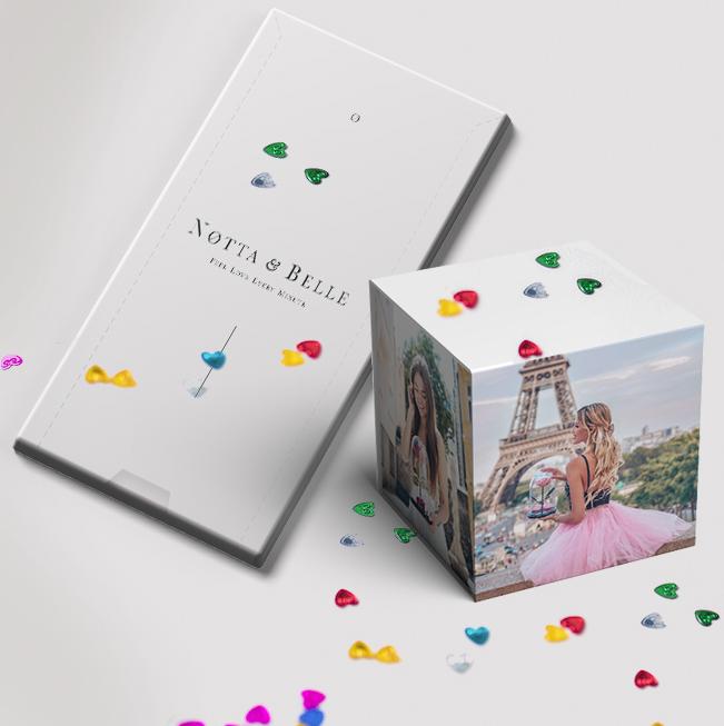 Carte A Explosion Lance Confetti Sarte Qui Se Transforme En Cube